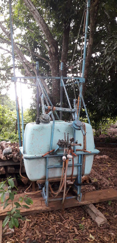 Trator ford com implementos - Foto 2