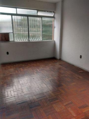 Simone Freitas Imóveis - Aluga-se apartamento no Jardim Amália - Volta Redonda - Foto 16