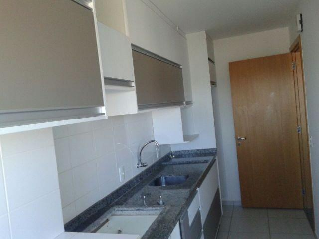 8062 | Apartamento para alugar com 3 quartos em Vila Cleòpatra, Maringá - Foto 9