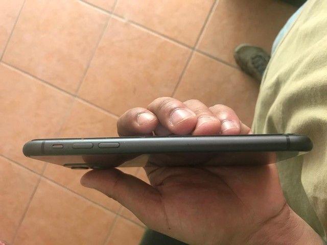 iPhone 11 sem detalhes com caixa  - Foto 5