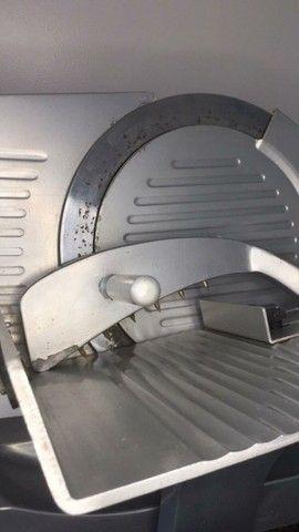 Fatiadora/cortadeira  de frios bivolt Palladium
