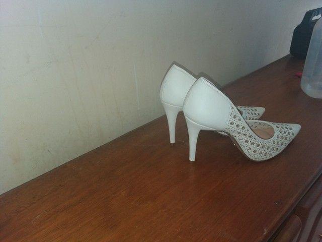 Vendo esse sapato sapatinho de luxo   - Foto 2