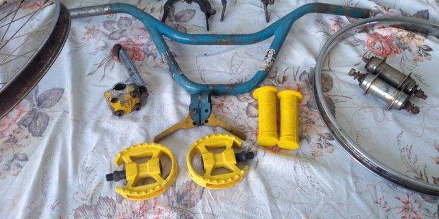 Bicicleta antiga bmx - Foto 4