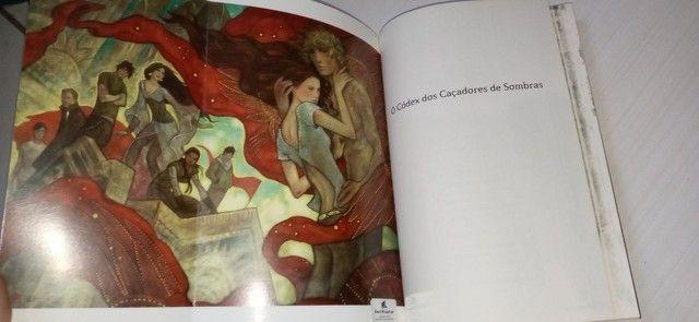 Livro O Codex dos caçadores de sombras - Foto 4