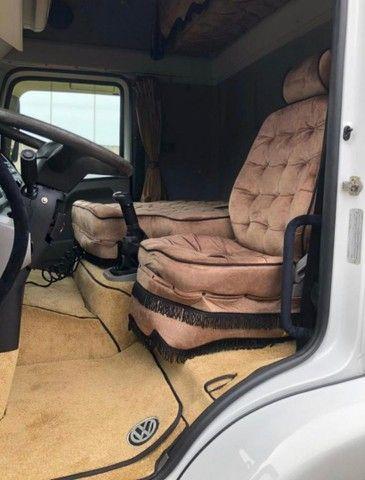 Caminhão VW 24250 carroceria - Foto 8