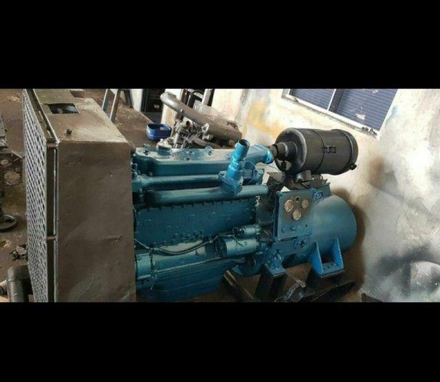 Gerador Diesel com motor  - Foto 3