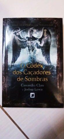 Livro O Codex dos caçadores de sombras - Foto 2