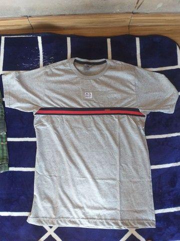 Bermudas e camisas masculinas - Foto 5