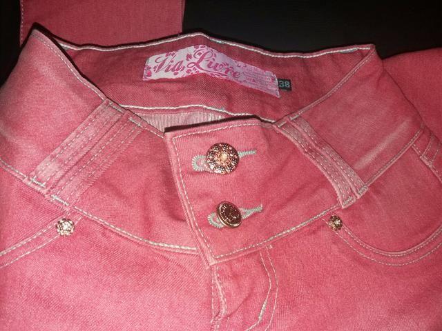 Calça jeans rosa perfeita