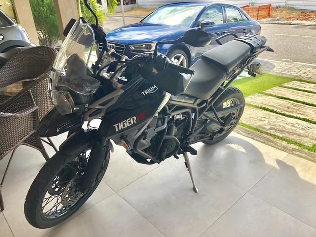 Triumph 800