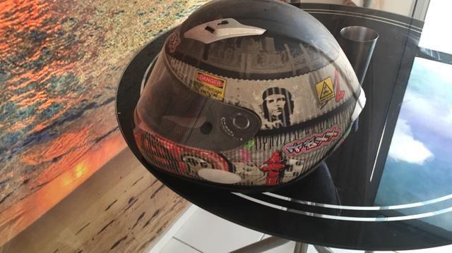 Vendo capacete da marca TEXX tamanho 60