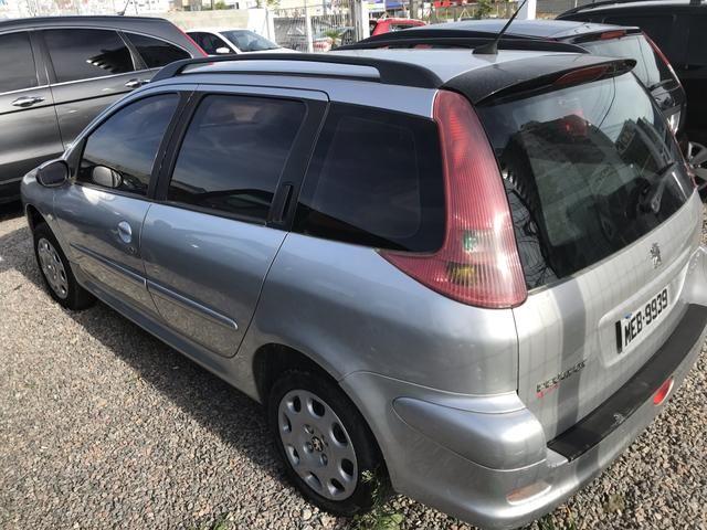 Peugeot sw 206 1.4 completo menos ar - Foto 6