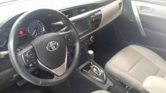 Toyota Corolla xei at muito novo, bancos de couro bege claro, um luxo de carro - Foto 4