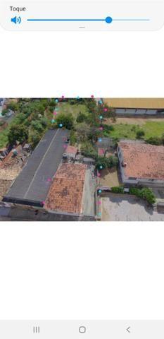 Vendo terreno 800m2 exelente local 1casa com 3 quartos sala cozinha 2 banheiros - Foto 2