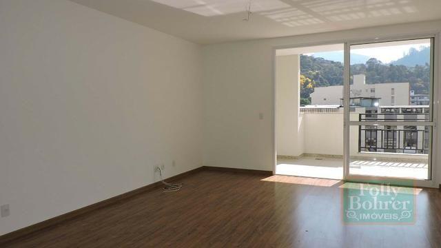 Apartamento novo no Centro com 3 quartos, varanda, 2 vagas de garagem - Foto 3