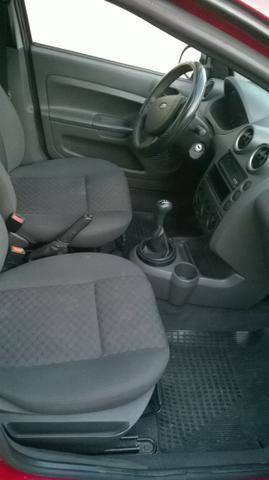 Ford Fiesta 2007 com Ar condiconado R$ 10.490.00 - Foto 6