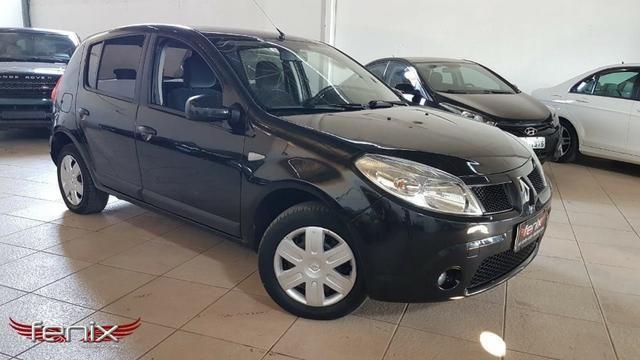 Renault Sandero Privilege 1.6 - Foto 2