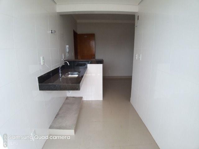 Apartamento com Fino Acabamento e Excelente Localização - Santa Mônica - JL10 - Foto 13