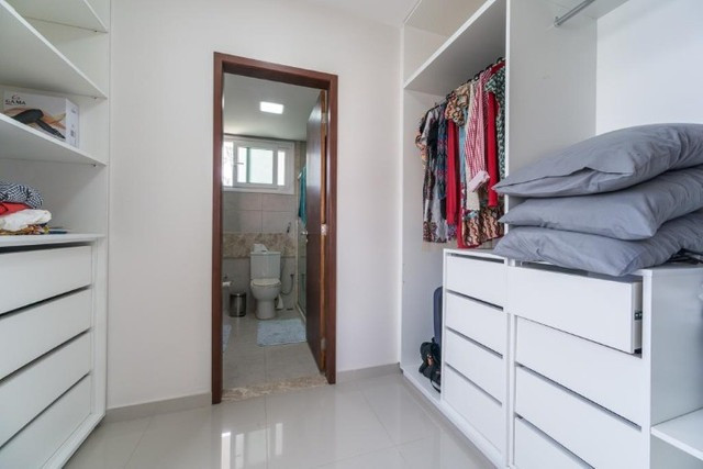 Casa à venda no condomínio Gravatá com 6 suítes e porteira fechada - Foto 2