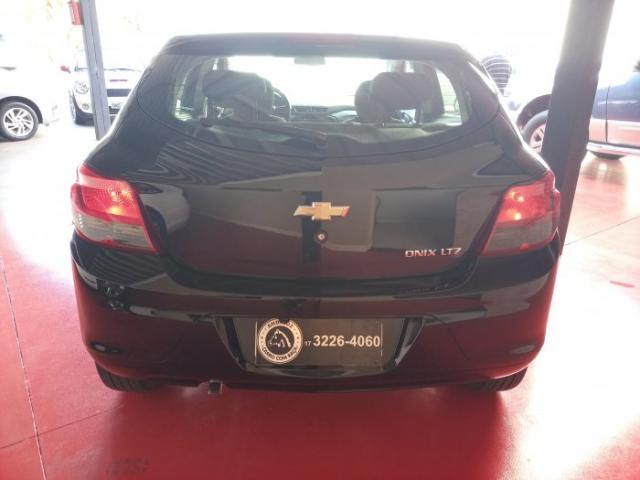 Chevrolet onix 2016 1.4 mpfi ltz 8v flex 4p automÁtico - Foto 5