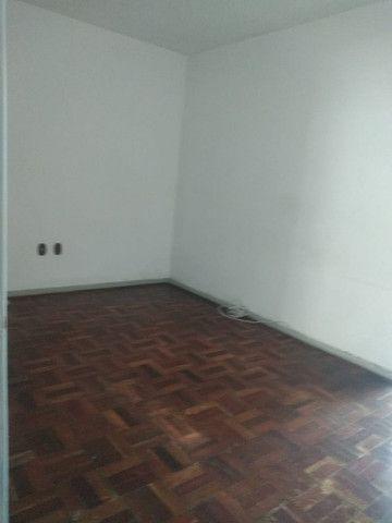 Simone Freitas Imóveis - Aluga-se apartamento no Jardim Amália - Volta Redonda - Foto 9