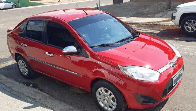 Ford Fiesta 1.6 Sedan Flex único dono pouco rodado  - Foto 2