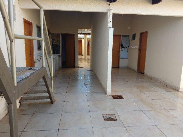 Kitinet, quitinete, kitinete quitinet, bairro Alice Barbosa próximo UFG campus 2 samambaia - Foto 2