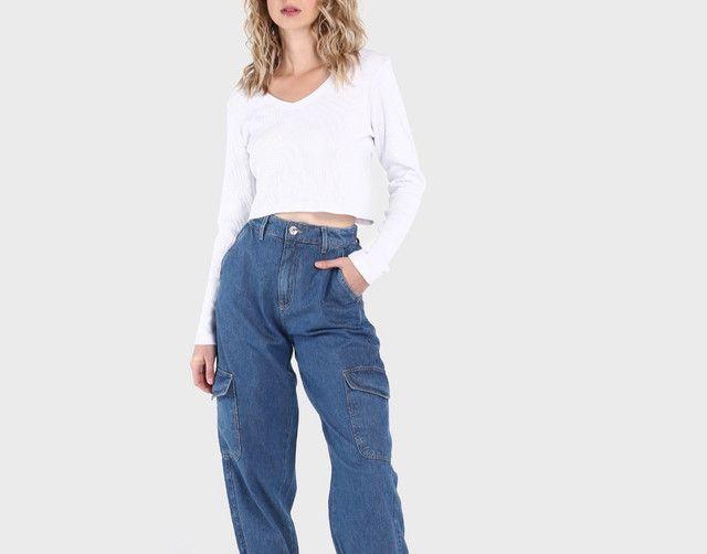 Vendo calça feminina nunca usada  - Foto 2