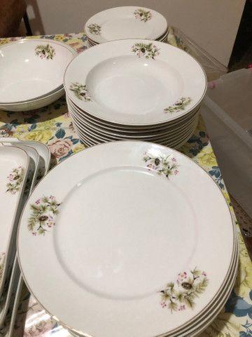 Jogo de jantar 39 peças em porcelana Steatita - Foto 3