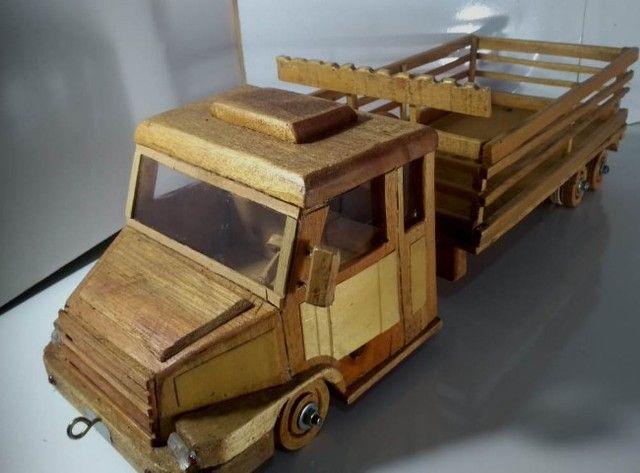 Carrinho De Madeira Tipo Caminhão