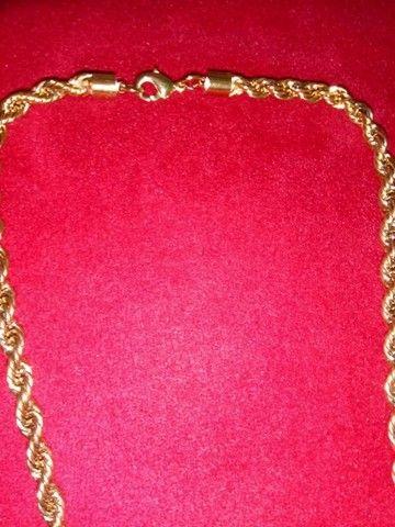 Vendo cordão moeda antiga pouco uso valor 200,00  - Foto 6