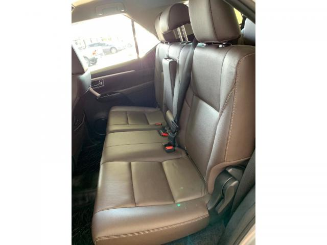 Toyota Hilux Sw4 2.7 SRV 7 LUGARES 4X2 16V FLEX 4P AUTOMATICO - Foto 9