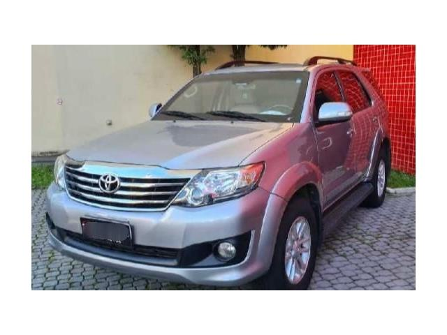 Toyota Hilux sw4 2.7 sr 7 lugares 4x2 16v flex 4p automático - Foto 2