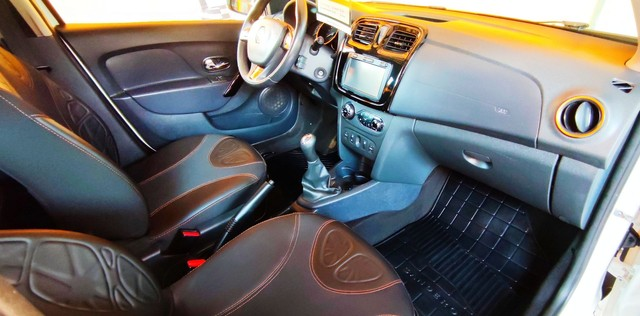 Impecável Renault Sandero Stepway com vc KM - Foto 10