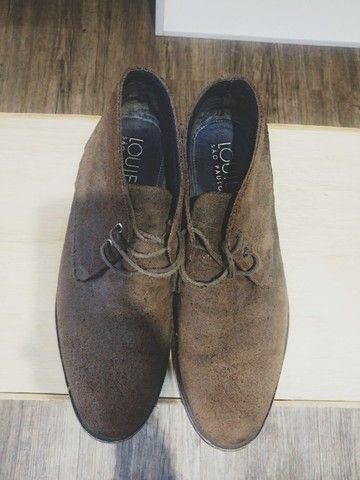 Lote com 5 calçados masculinos de marca, seminovos; numeração 44. - Foto 6