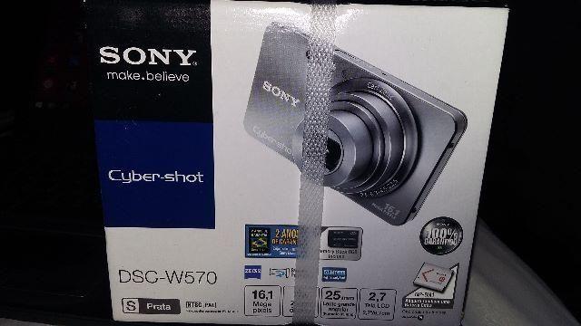 Maquina fotografica sony modelo DSC W-570 nova na caixa lacrada