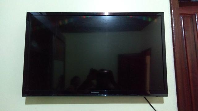 TV em HD 32 polegadas panasonic