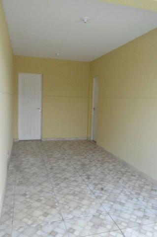 Sobrado novo de frente com 113 m2 3 quartos no Abranches - Foto 3