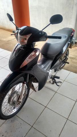 Moto Biz 125 preta ano 2012/2013