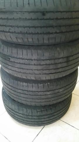 Quatro Bridgestone 265 60 18