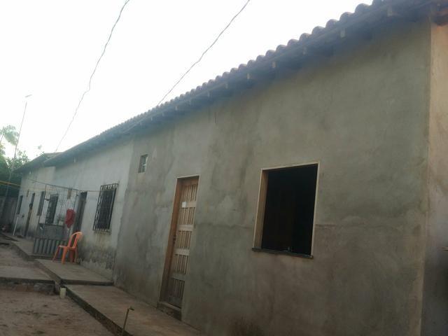 Vendo ou troco 1 vila com 3 casas prontas + espaço para 1 casa