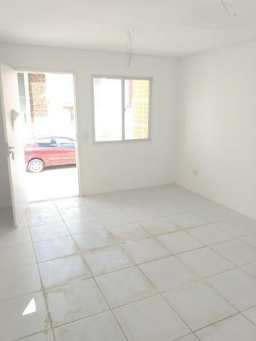 Casa 2 quartos, pronta pra morar no bairro de Rendeiras - Financiamento Caixa - Foto 2
