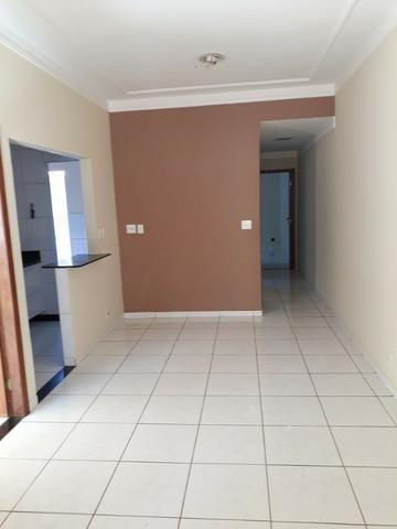(R$290.000) Casa Seminova c/ Garagem p/ 02 Carros e Área Gourmet - Bairro Morada do Vale - Foto 5