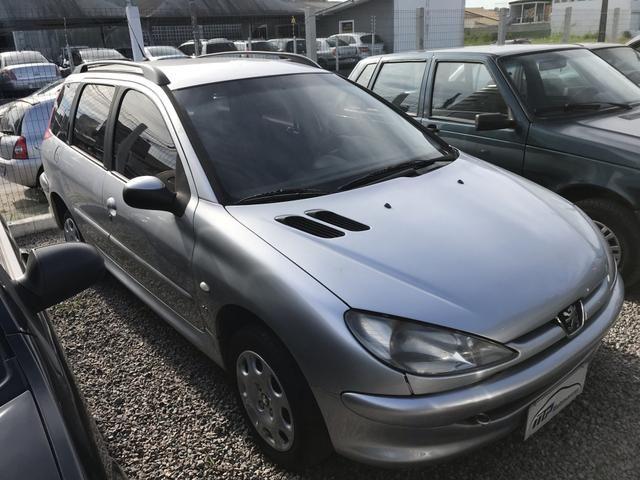 Peugeot sw 206 1.4 completo menos ar - Foto 2