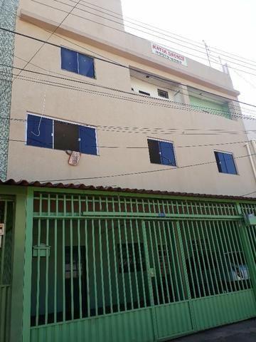 Excelente prédio com 7 aparts,1 loja,+1 terraço renda de 7 mil mês, na qr 410 Samambaia No - Foto 4