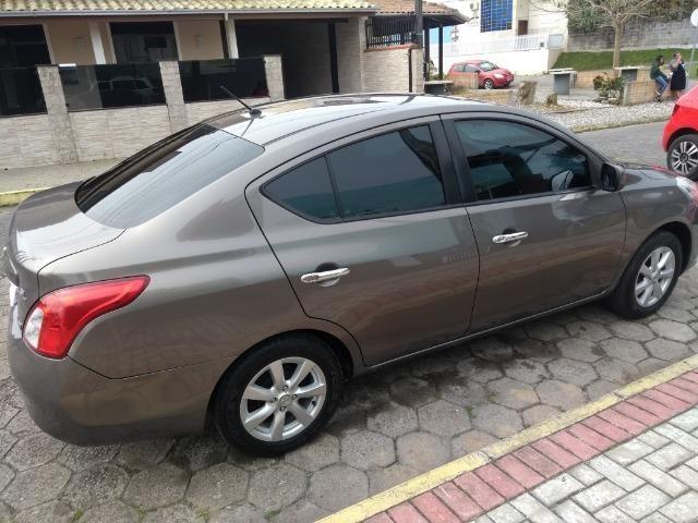 Versa Nissan Versa SL 2013 - Foto 12