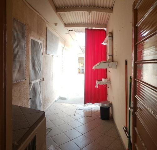 Casa Térrea em ótima localização no centro - Foto 9