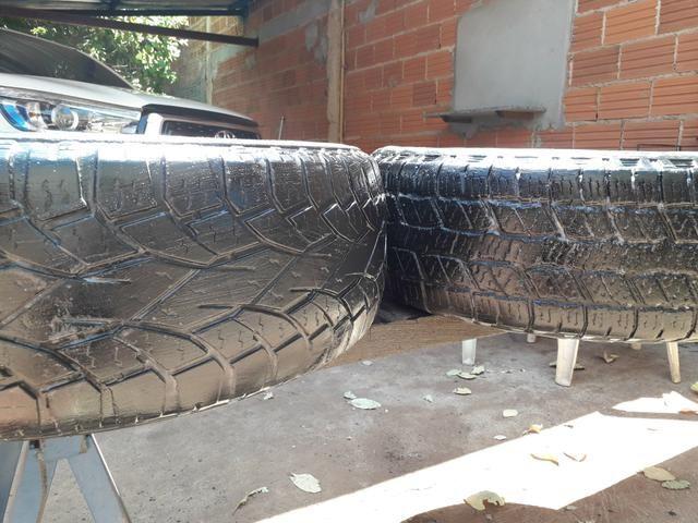 Vendo pneu para caminhonete aro 265/65.17 - Foto 2