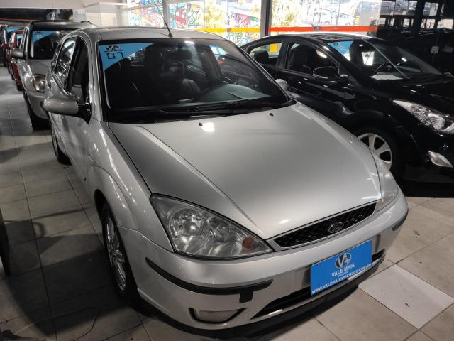 Ford Focus Hatch Ghia 2.0 16V Duratec Gasolina Manual - Foto 2