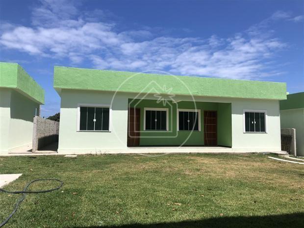 Casa de condomínio à venda com 1 dormitórios em São josé do imbassaí, Maricá cod:863638